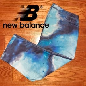 2/20$🛍 New Balance Galaxy Cropped Leggings